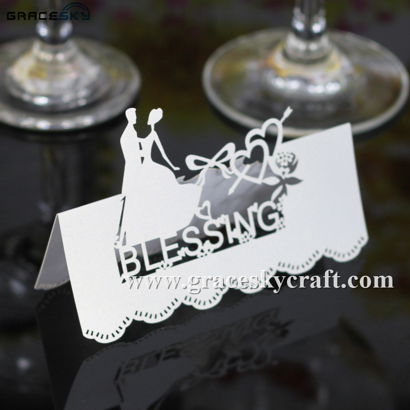 50Pcs laser cut Wedding Invitation Seat Name table holder Cards Bride and Groom dancing Name personalized